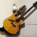 Pikasso_Guitar_(lowres)